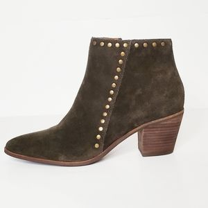 Lucky Brand Linnea Olive Green Suede Booties 8